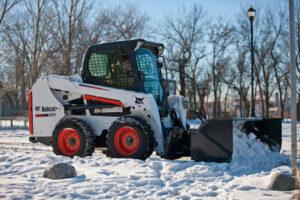 мини товарач s550-с гребло за сняг